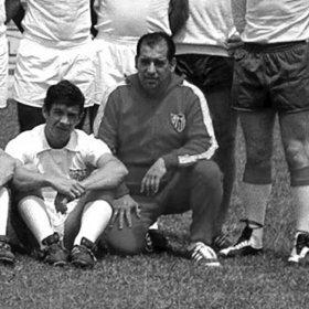 Sevilla FC retro football Jacket 1970-71