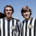 Bob Moncur, Malcolm Macdonald con la camiseta del Newcastle United 1970