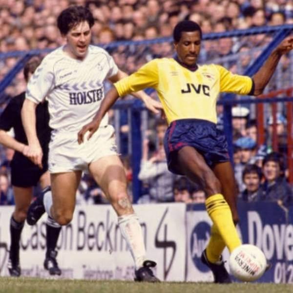 Arsenal 1985 1986 visitante Centanario