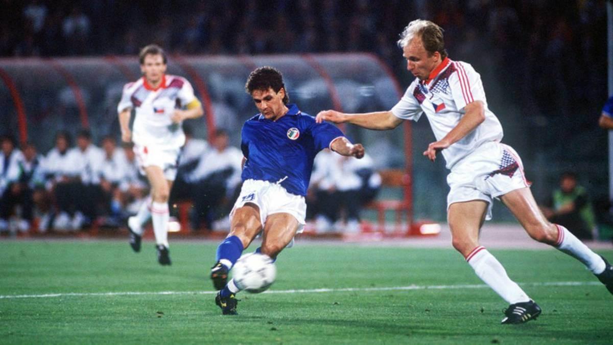 Gol de Roberto Baggio en Italia-Checoslovaquia del Mundial 1990