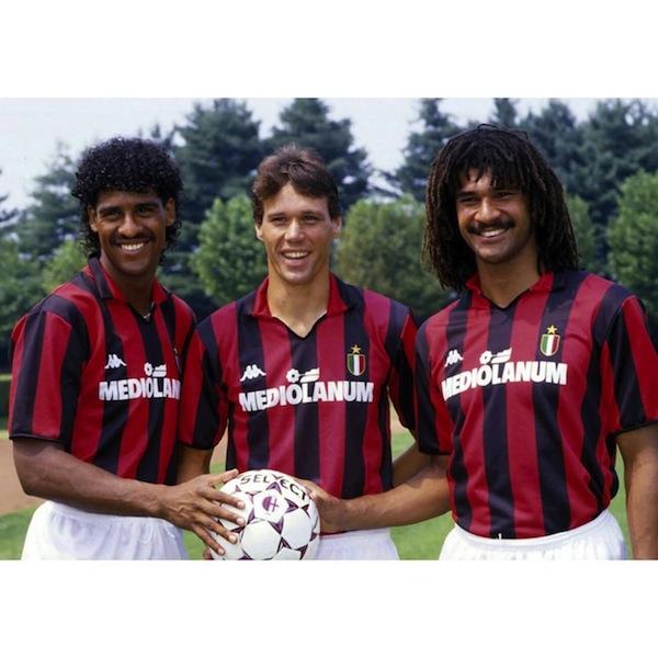 Ruud Gullit, Marco Van Basten et Frank Rijkaard en el Milan