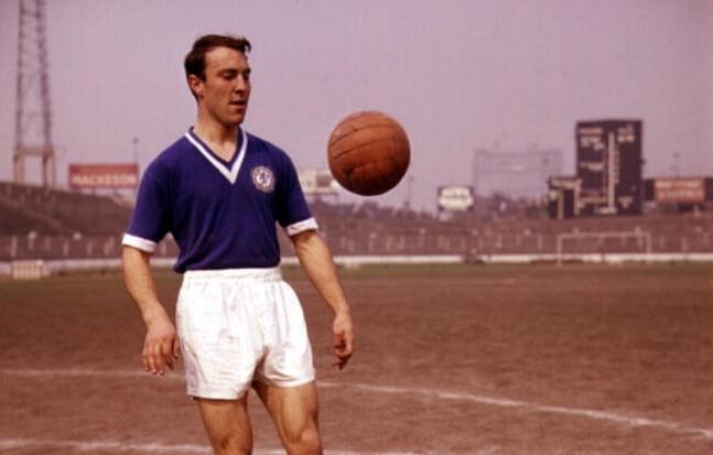 Jimmy Greaves con la camiseta de Chelsea en 1960